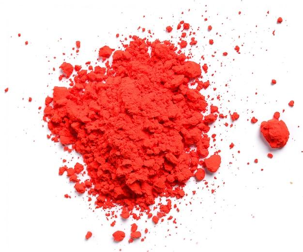 Polvere rossa isolata, concetto di festival di holi