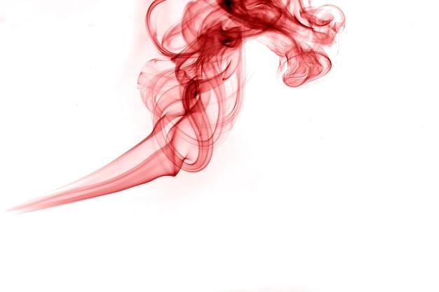 Движение красного дыма.