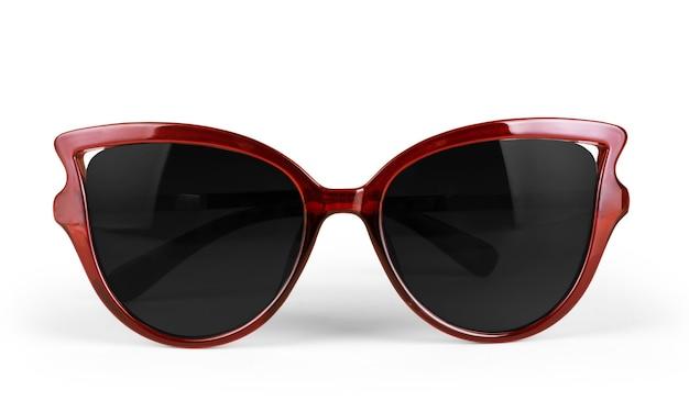 白い背景の上に分離された赤いサングラス