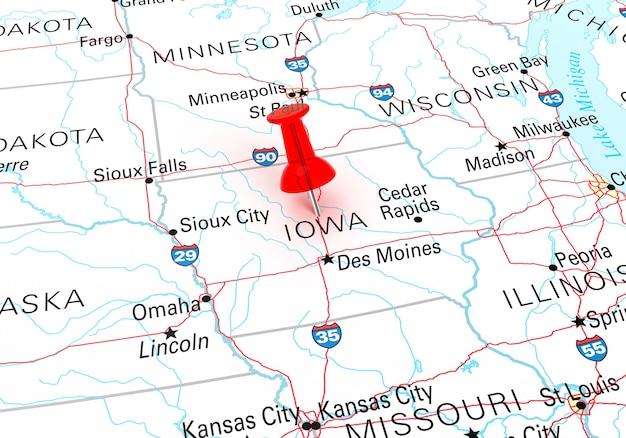아이오와 주립 미국 지도 위에 빨간 압핀. 3d 렌더링
