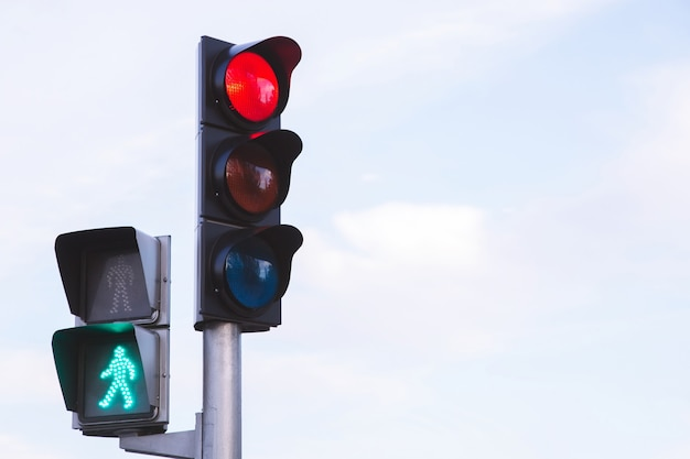 Red traffic lights in the middle of the intersection
