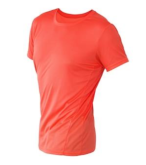 白で隔離される目に見えないマネキンに赤い t シャツ テンプレート