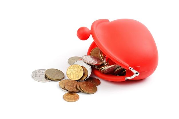 흰색 바탕에 동전이 있는 빨간 지갑