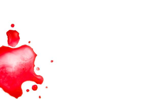 紙に赤い水彩ブロット