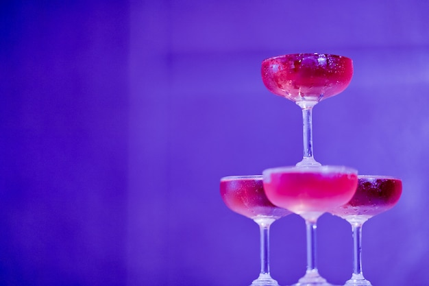 Red wine glass with bokeh background
