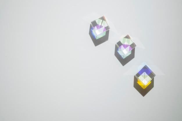 光プリズムの反射カラフル効果