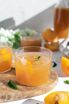 Refreshing alcohol free peach lemonade
