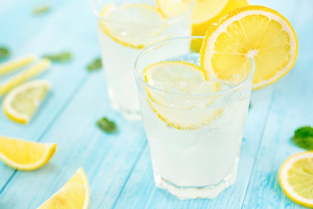 Refreshing cold lemonade juice drinks for summer