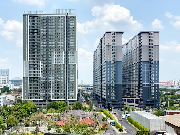 Regent home 27 condominiums on the krungthep-nonthaburi road near the bang son subway station