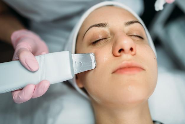 Rejuvenation procedure, getting rid of wrinkles