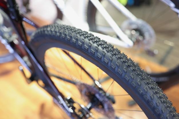 自転車ホイール自転車タイヤ選択コンセプトの高品質トレッドを備えた信頼性の高いタイヤ