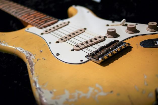 Relic guitar body