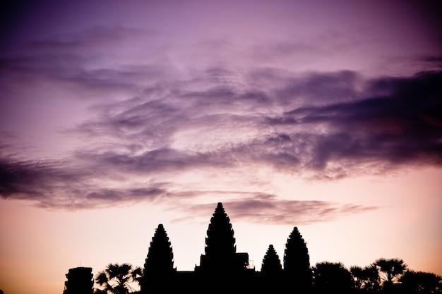 アンコールワットのカンボジアの宗教的な寺院