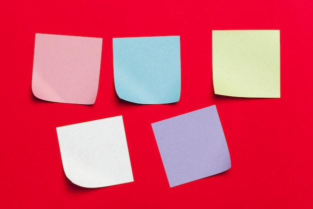 Reminder sticky notes on red