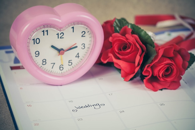 Reminder wedding day in calendar planning and heart sign with color tone.