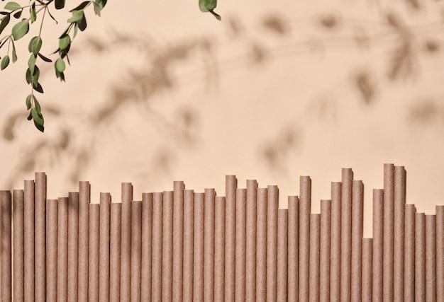 가정용, 대나무 또는 종이 빨대, 일회용 컵 및 나무를위한 재생 가능한 개별 개체
