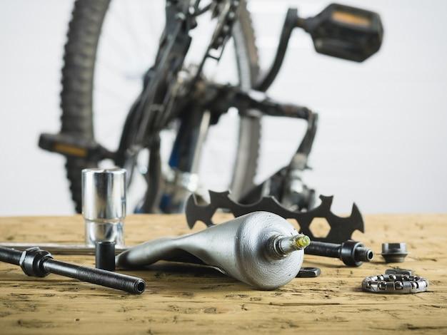 Repair mountain sports bike in the garage.