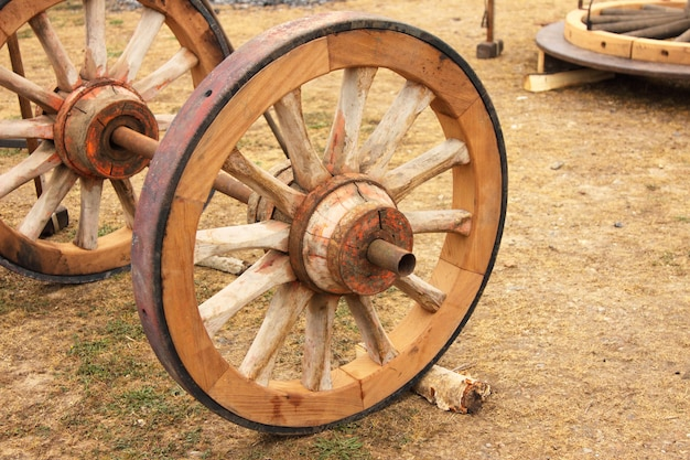 Repair of an old wooden wheel of a cart
