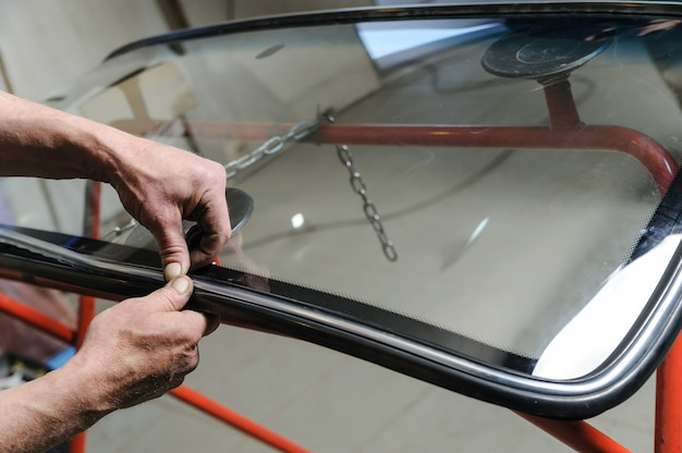 Repair and replacement of the windshield of the car