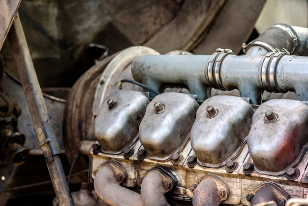 Repair of truck internal combustion engine cylinders. truck repair workshop