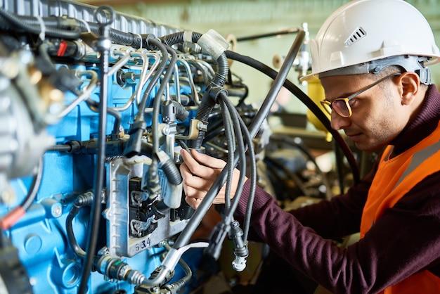 Repairing hydraulic excavator system