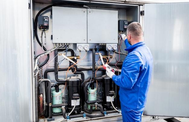 Проверка сопротивления датчиков температуры в приточном отсеке вентустановки