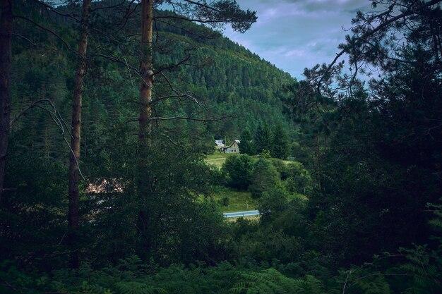 ピレネー山脈のルートの1つにある休憩所