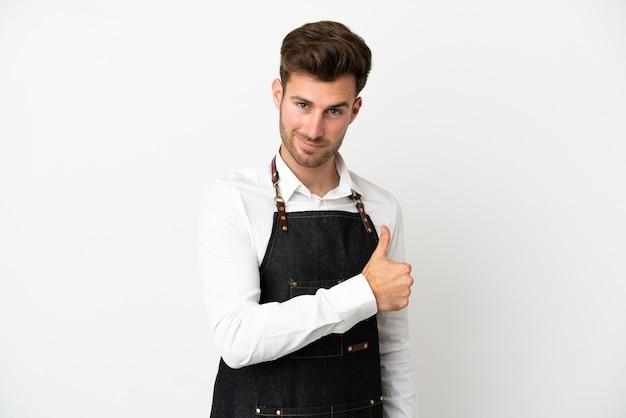 Ресторан кавказский официант, изолированные на белом фоне, показывая палец вверх жест