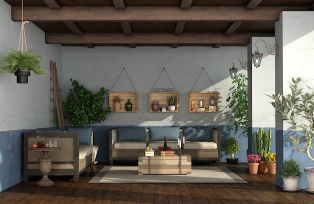 빈티지 가구, 식물, 오래된 벽과 레트로 현관