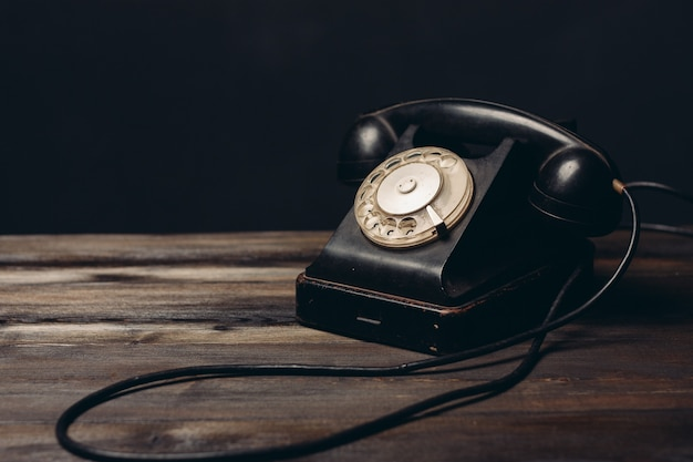 레트로 전화 오래 된 기술 통신 빈티지 향수