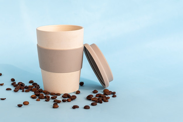 環境に優しい素材で作られた再利用可能なガラス。温かい飲み物も冷たい飲み物も飲むことができます。コーヒー、紅茶、スイカジュース、アルコールカクテル。