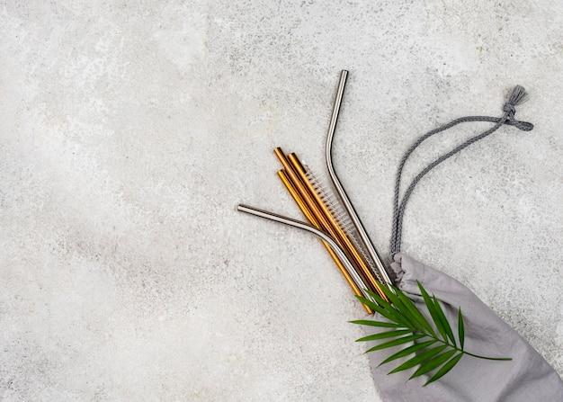 Многоразовые металлические соломинки и подарочный пакет