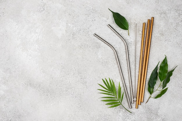 Многоразовые металлические соломинки и листья для копии