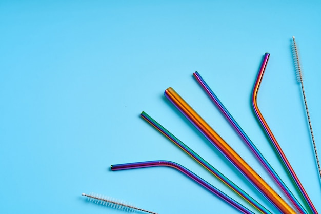 Reusable metal straws for drinks and cleaning tool