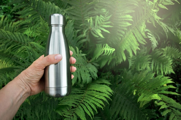 Reusable stainless thermos bottle