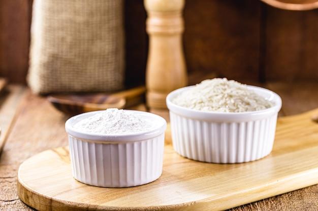 Рисовая мука, альтернатива безглютеновой муке, богатая клетчаткой, в деревенской кухне