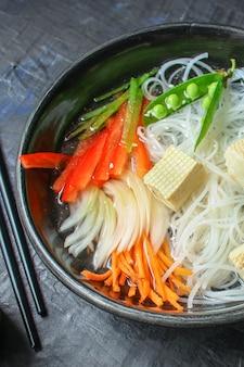 Рисовая лапша фо стеклянная лапша азиатская вермишель