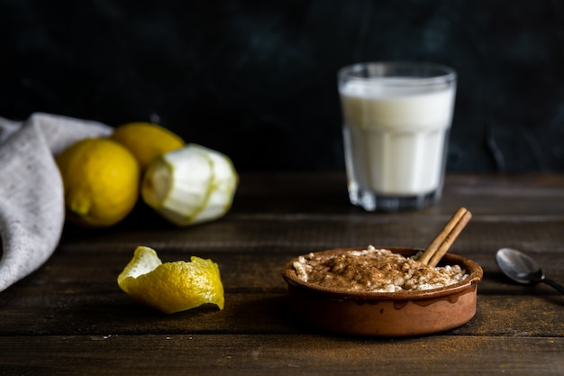 Rice pudding, lemons and milk