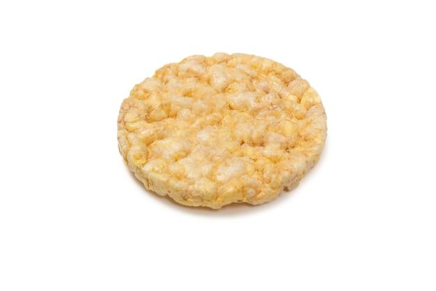 쌀 웨이퍼 흰색 배경에 고립입니다.