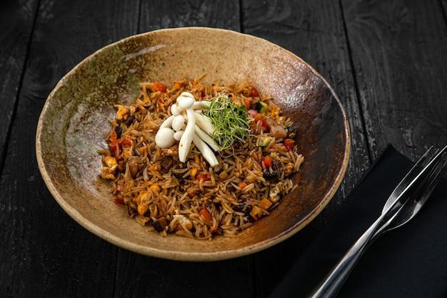 Рис с грибами японская кухня