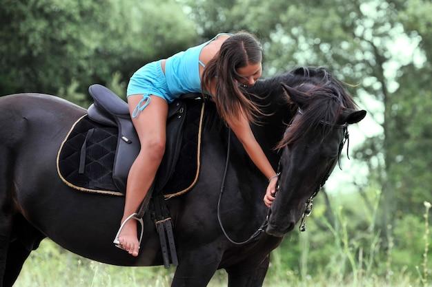 乗馬の女の子