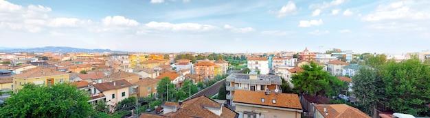리미니, 조감도 - 아드리아 해의 도시. 이탈리아. 파노라마.