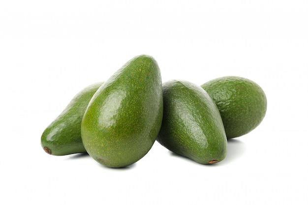 Изолированная свежая изолированная белизна авокадоа