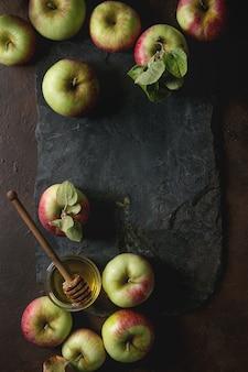 Ripe gardening apples