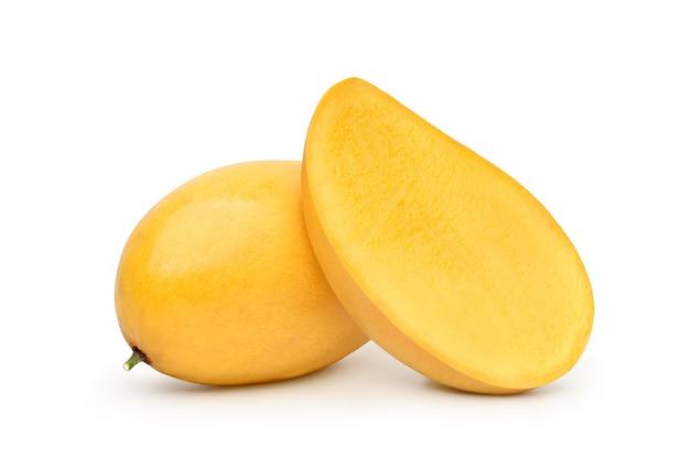 白で隔離される完熟マンゴー
