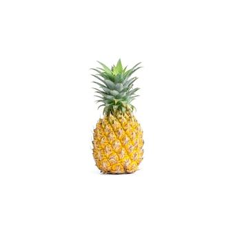白い背景に分離された熟したパイナップル