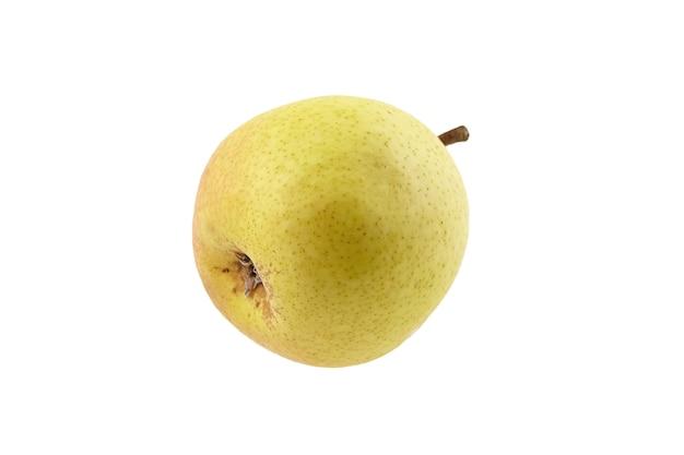 Спелые плоды желтой груши, изолированные на белом фоне