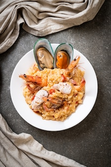 Risotto with shrimps, mussels, octopus, clams and tomatoes
