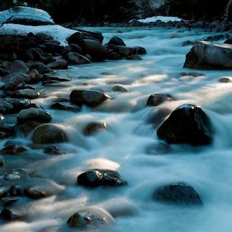 강, 바위, 휘슬러, 브리티시 컬럼비아, 캐나다를 통해 흐르는