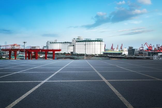 Автотранспортные и портовые краны